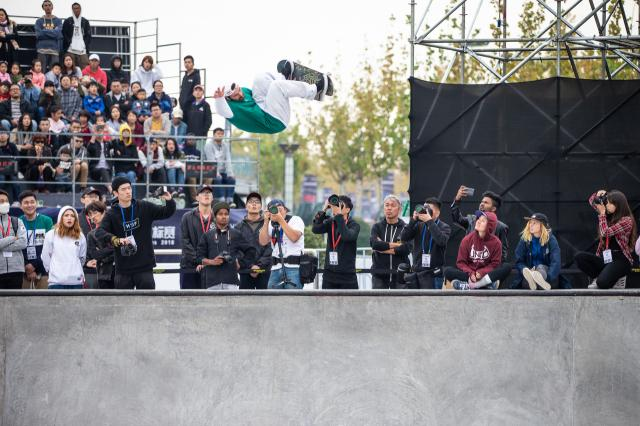 images/joomgallery/originals/fotogallery_8/skateboarding_28/wc_2018_nanjing_178/wc_2018_nanjing_-_mens_finals_183/medium/pedro_barros_world_skate_championships_nanjing_china_20181103_kanights_02_20181103_1068381139.jpg
